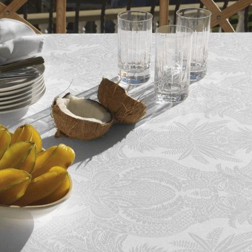 Toalha de Mesa Karsten Sempre Limpa Tropical Branca
