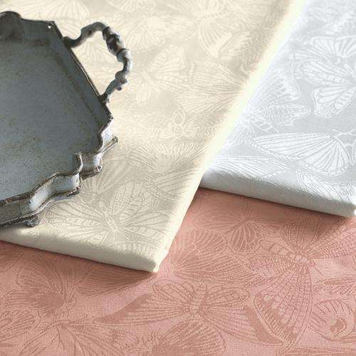 Toalha-de-Mesa-140-x-210-Karsten-Jacquard-Arbela-Branca-Detalhe