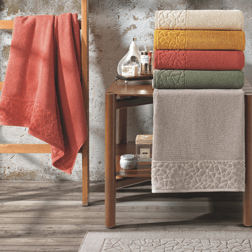 Toalha-de-Banho-Gigante-Dohler-Confort-Mosaico-Caqui-11433-Ambientada